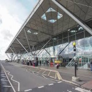 Best South West London Airport Taxi & Minicab Services Provider Company