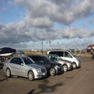 Why You Should Hire Heathrow Airport Transfer Service
