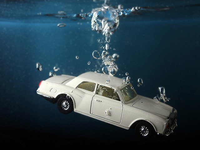 Swim Through Negative Equity: Buy A Car In An Upside Down Auto Loan Situation